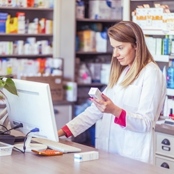 How Pharmacists Stay Connected to Members During COVID-19 | Premise Health Blog
